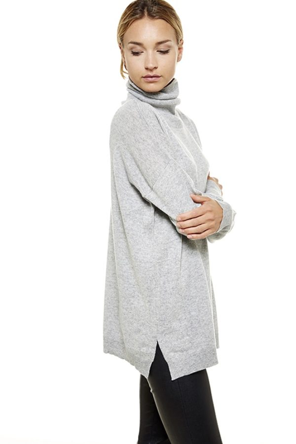 Oversized20turtleneckLightGrey1.jpg